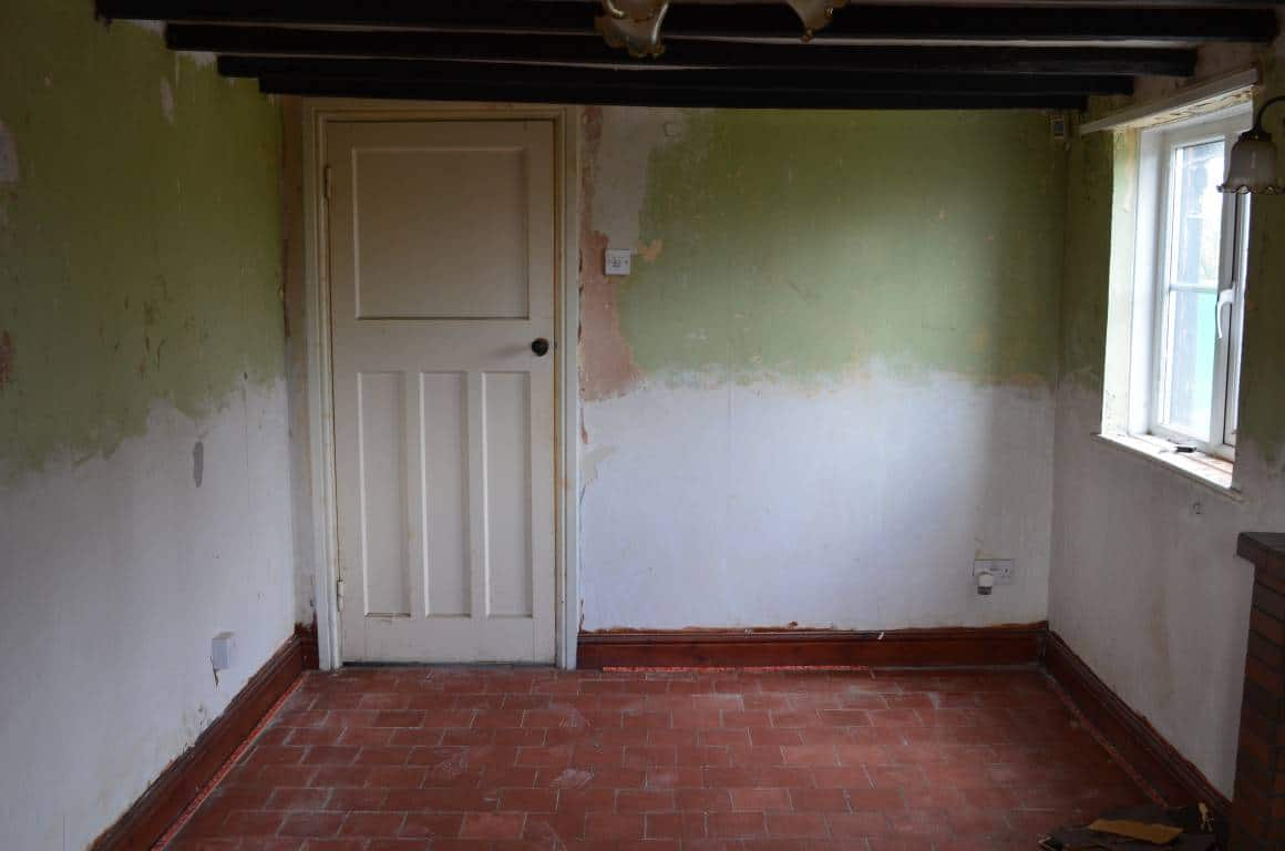 BEFORE: Paint Sitting Room